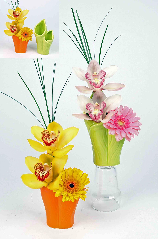 Keramiek blad vaasje met orchideeën en gerbera