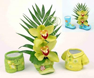 Keramiek assortiment met 2 orchideeën
